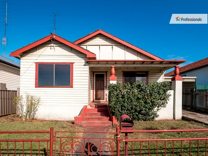 19 Merrett Avenue, Cringila, NSW 2502