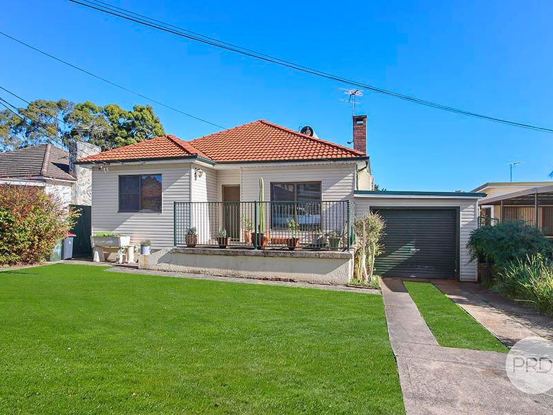 4 Beaconsfield Road, Mortdale, NSW 2223