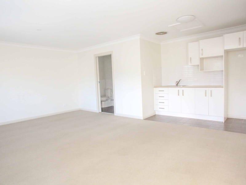 24A Parkside Crescent, Campbelltown, NSW 2560