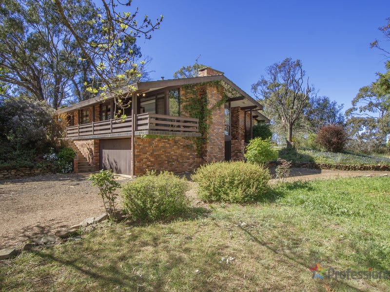 32a Crest Road, Armidale, NSW 2350