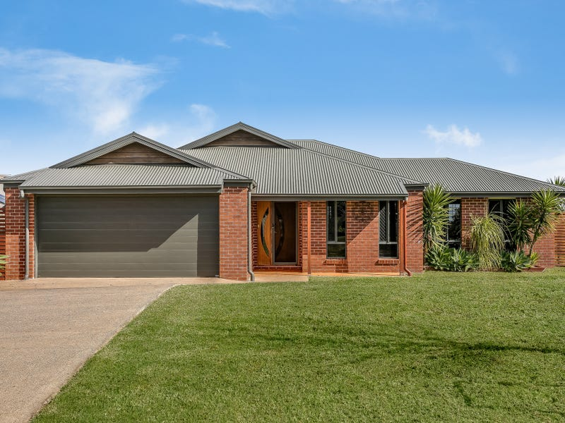27 Wigan Avenue, Highfields, Qld 4352