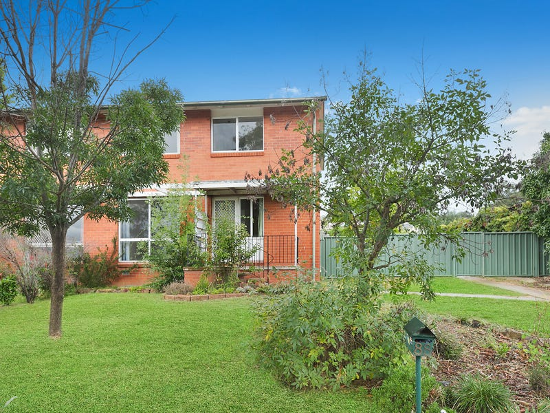 88 Eggleston Crescent, Chifley, ACT 2606