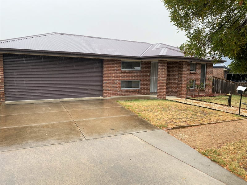 9 Grange Drive, Broadford, Vic 3658