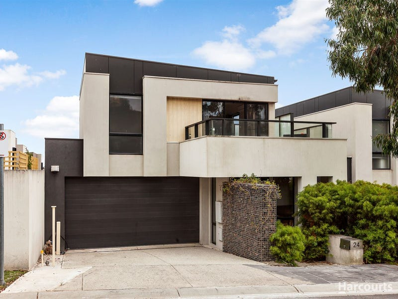 24 Muyan Circuit, Burwood, Vic 3125