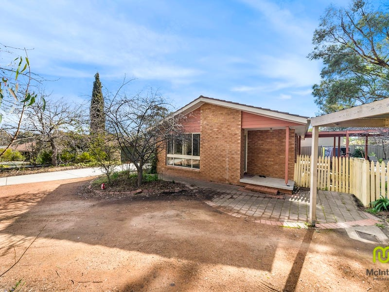 45/45A May Maxwell Crescent, Gilmore, ACT 2905
