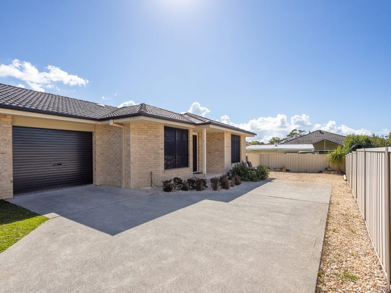 2/7 Albatross Way, Old Bar, NSW 2430