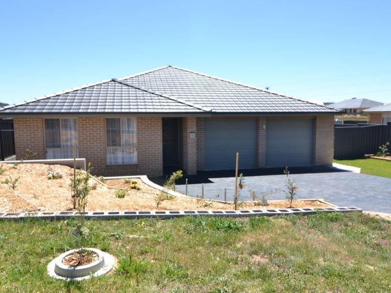 9 Surveyors Way, South Bowenfels, NSW 2790