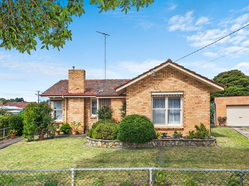 14 Bendle Court, East Geelong, Vic 3219