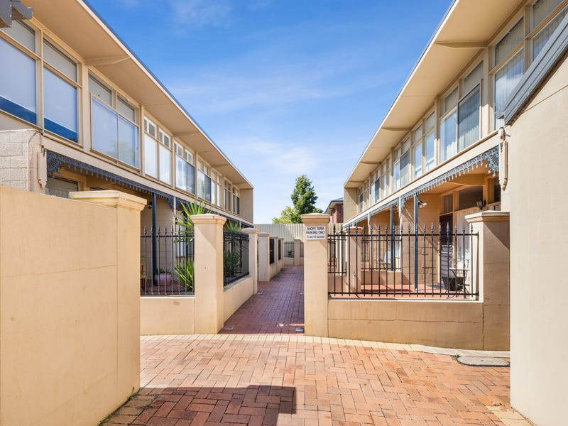 1/750 Macauley Street, Albury, NSW 2640
