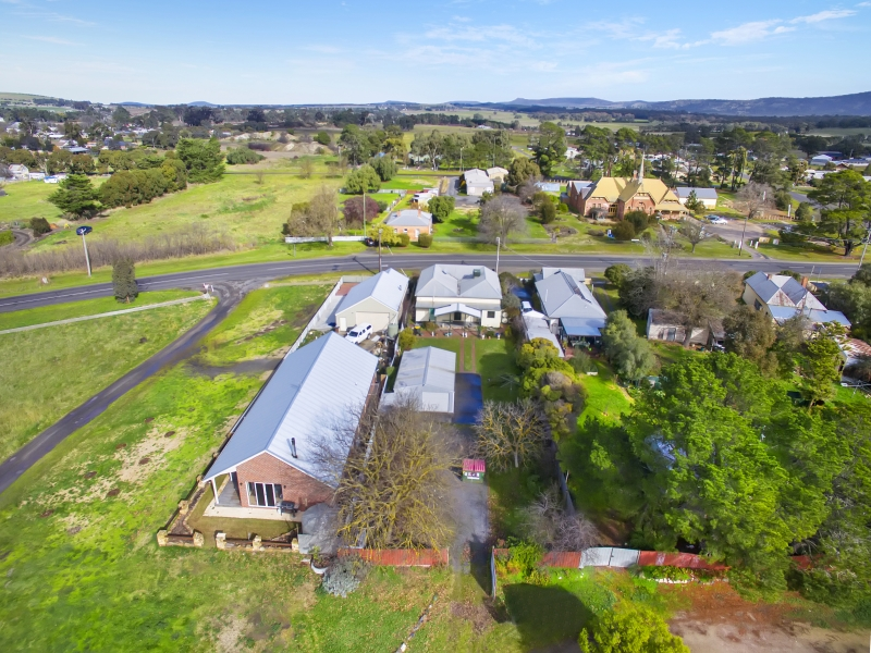 77 Bailey Street, Clunes, Vic 3370