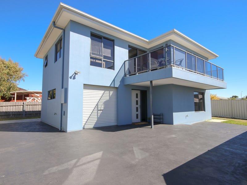 2/27 George Street, Devonport, Tas 7310