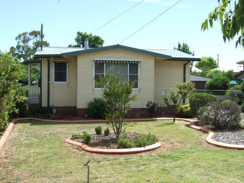 32 Jubilee Avenue, Orange, NSW 2800