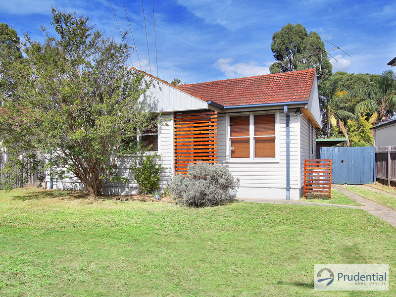 30 Bardia Pde, Holsworthy, NSW 2173