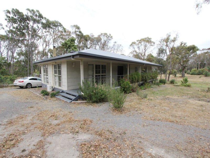 20 Cochrane Drive, Snake Valley, Vic 3351