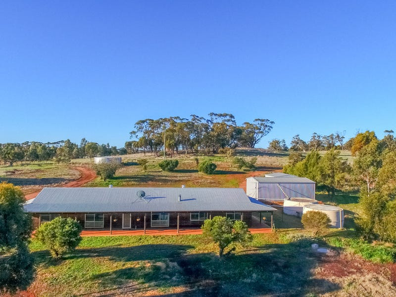 35 Fifth Road, Toodyay, WA 6566