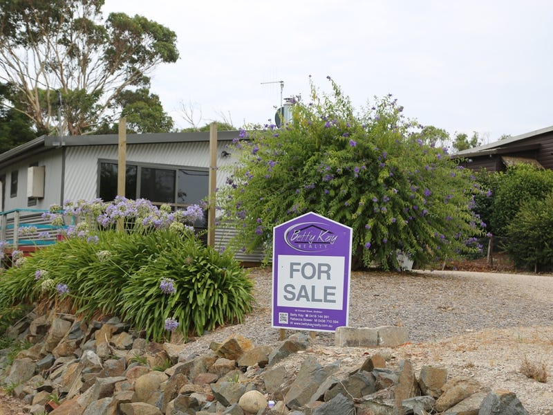4 Pine Avenue, Hellyer, Tas 7321