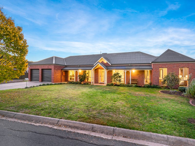 16 Ibis Close, East Albury, NSW 2640