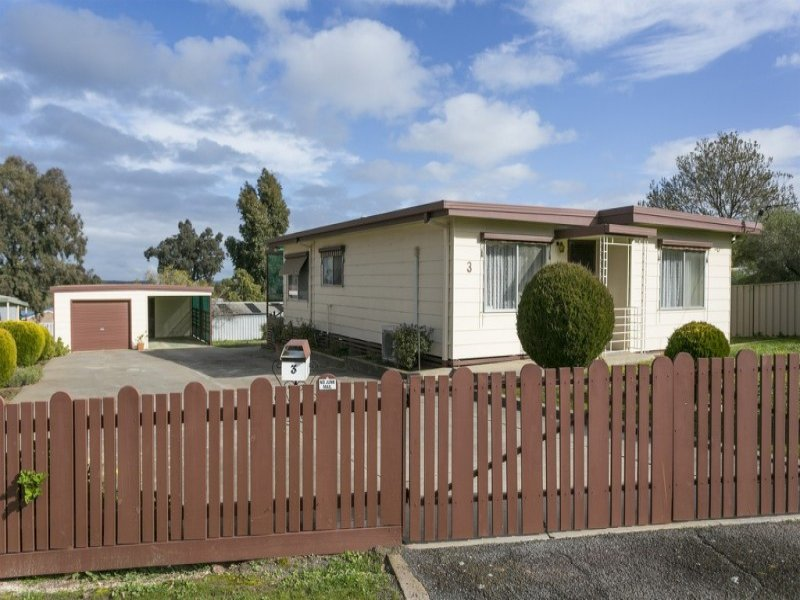 3 Whipstick Road, Sailors Gully, Vic 3556