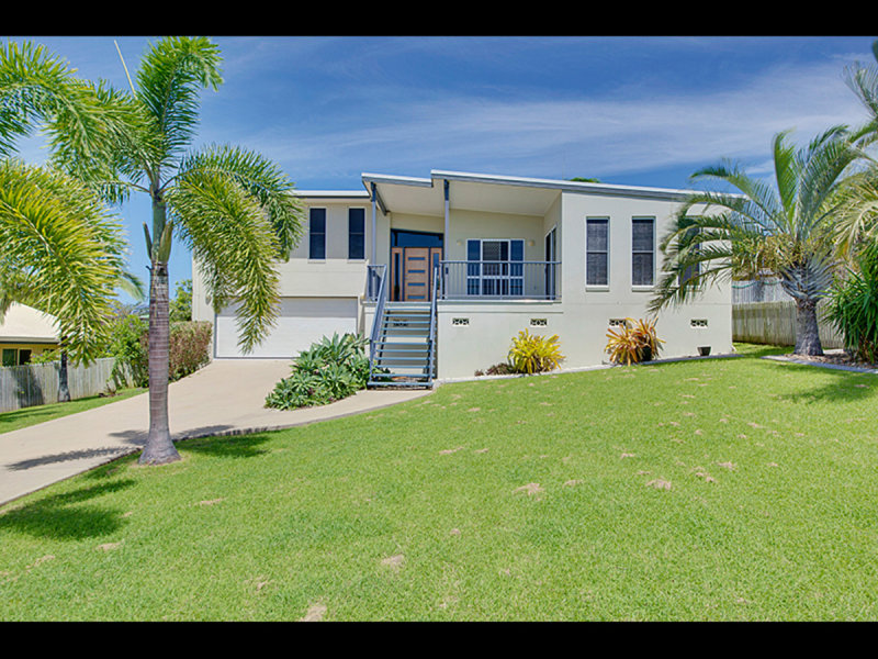 11 Coleman Crescent, Pacific Heights, Qld 4703