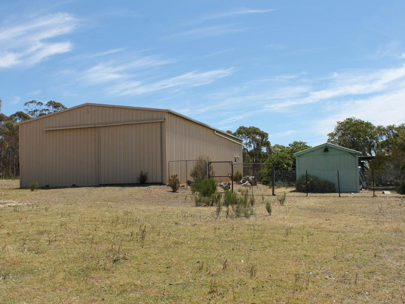 627 Warrowitue-Forest Road, Heathcote, Vic 3523