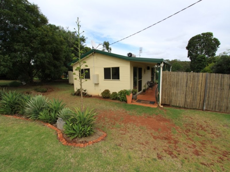 14 Phillips Street, Tingoora, Qld 4608