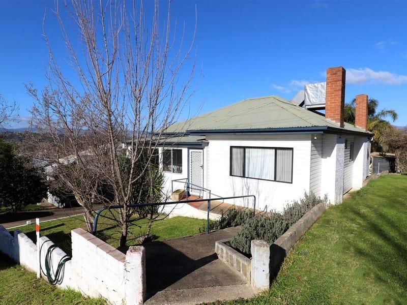 56 Carey Street, Tumut, NSW 2720