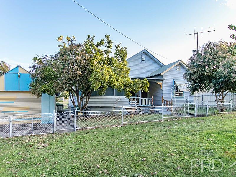 45 Lockhart Street, Adelong, NSW 2729