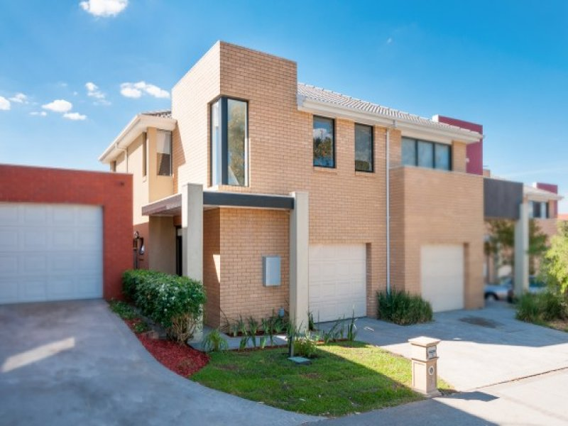 15 Crestview Close, Roxburgh Park, Vic 3064