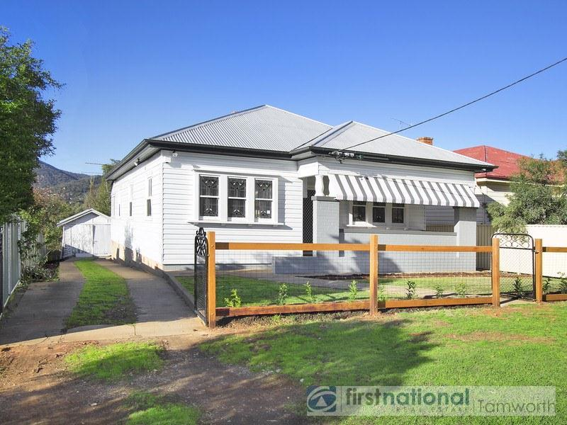 14 Denne Street, West Tamworth, NSW 2340