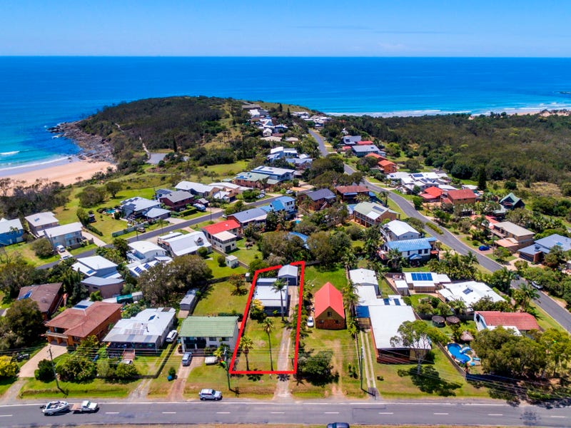 52 Arrawarra Road, Arrawarra Headland, NSW 2456