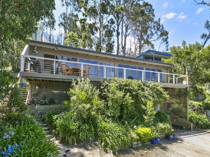 10 The Boulevarde, Wye River, Vic 3234