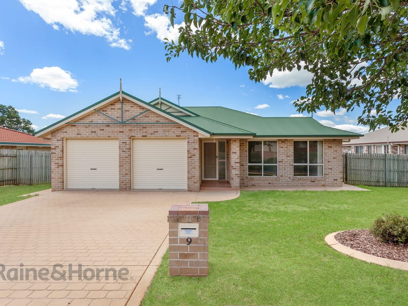 9 Lobwein Court, Middle Ridge, Qld 4350
