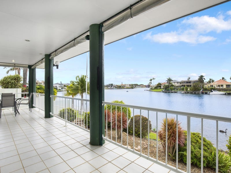 40 Martinique Way, Clear Island Waters, Qld 4226