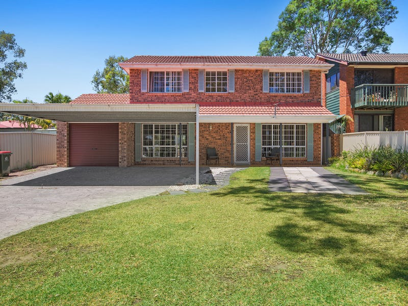9 Tarwarri Road, Summerland Point, NSW 2259