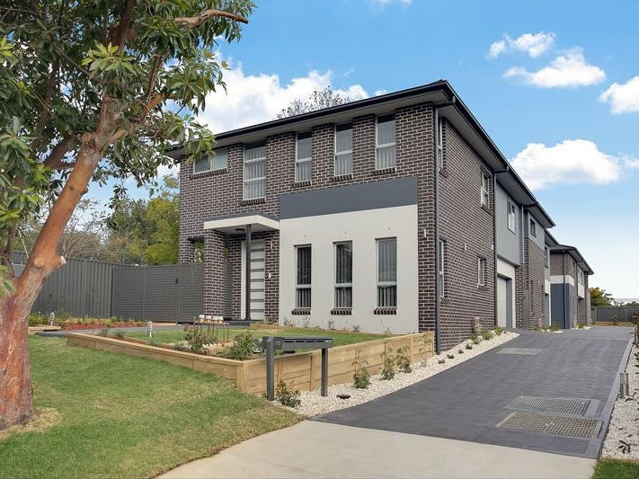 82 Cox Av, Penrith, NSW 2750
