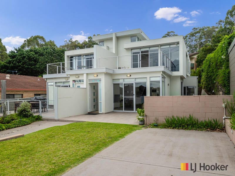 2/4 Wray Street, North Batemans Bay, NSW 2536