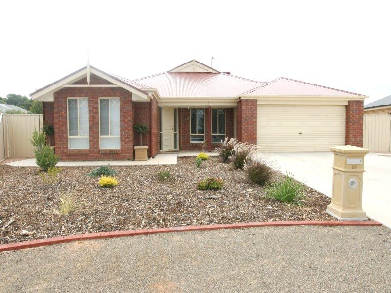 19 Abbott Drive, Kadina, SA 5554