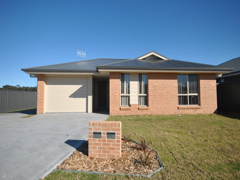 12 Chichester Road, Sussex Inlet