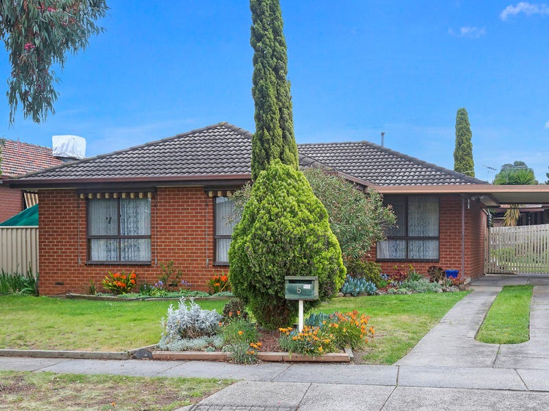 5 Buckland Crescent, Epping, Vic 3076