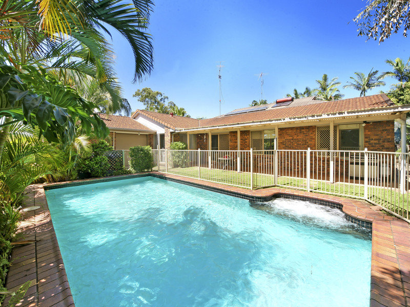 54 Woodlands Cres, Buderim, Qld 4556