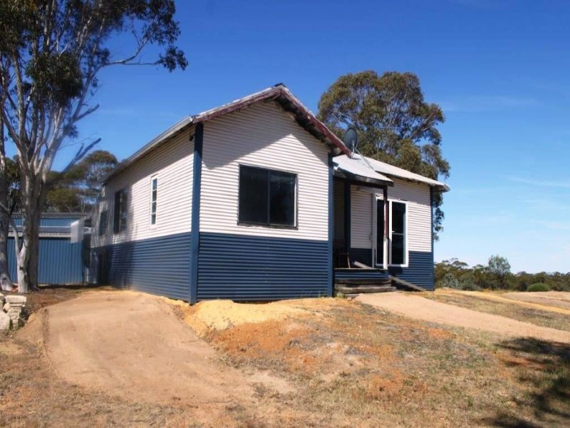 1107 Behanging North Rd, Calingiri, WA 6569