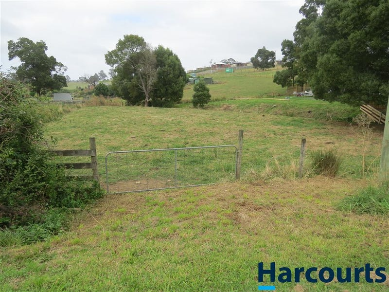 30 Railway Road, Neerim South, Vic 3831