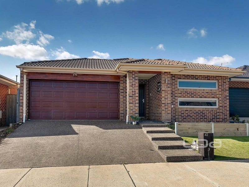 42 Golf Links Drive, Beveridge, Vic 3753