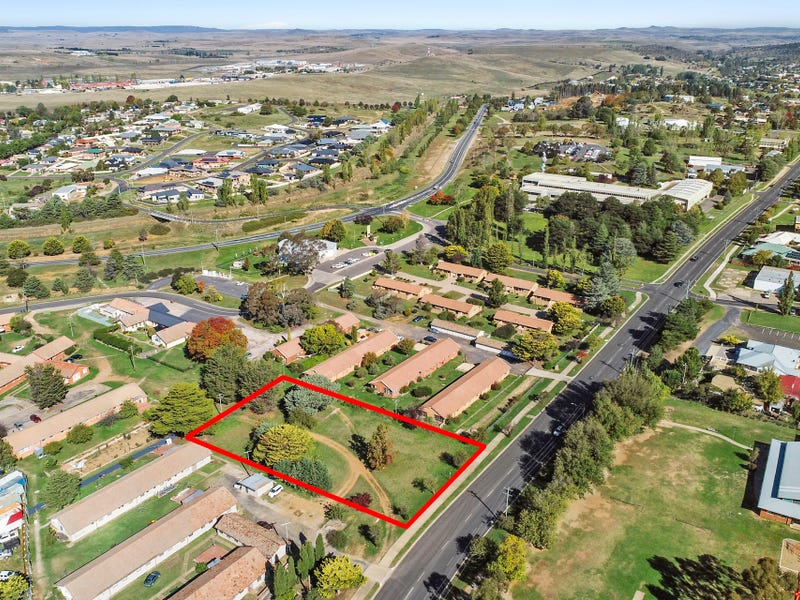 26 Mittagang Road, Cooma, NSW 2630