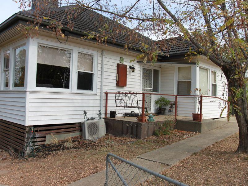 2 Aitken Street, Alexandra, Vic 3714
