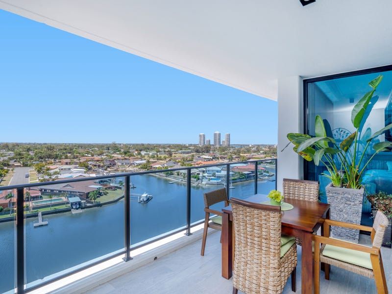 3704 / 5 HARBOURSIDE COURT, Biggera Waters, Qld 4216