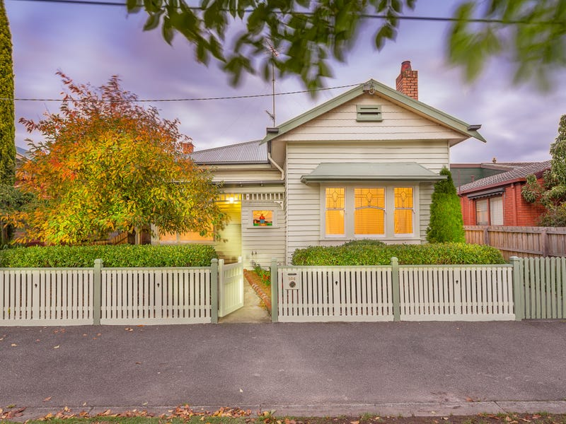 506 Lydiard Street North, Soldiers Hill, Vic 3350