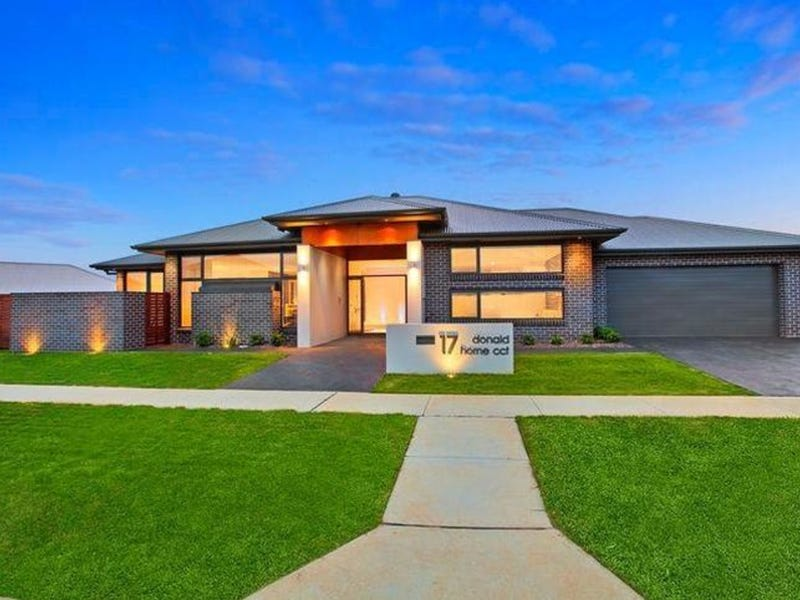 17 Donald Horne Circuit, Franklin, ACT 2913
