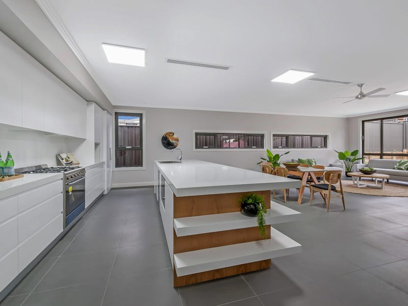 39 John Hillas Avenue, Kellyville, NSW 2155