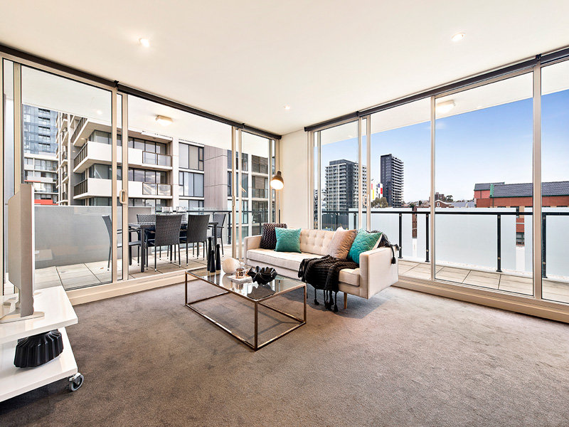 602/3 Chapel Mews, South Yarra, Vic 3141